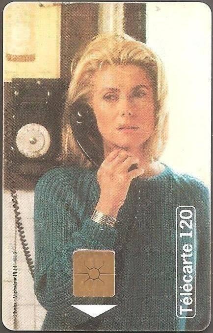 carte telephonique collection cote Téléphone et Cinéma: Catherine Deneuve   objet Télécartes